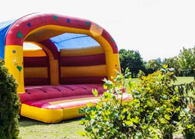 Eventology - Party with bouncy castle